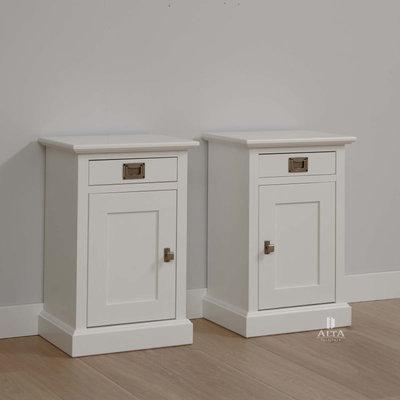 Alta 5318 1-deurs rechts draaiend nachtkastje grenenhout wit