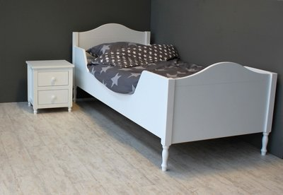 lilli furniture Olivia bed met zijwanden 90x200 wit