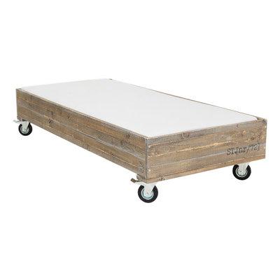 Stapelgoed Rock houten tienerbed 90x200 op wielen
