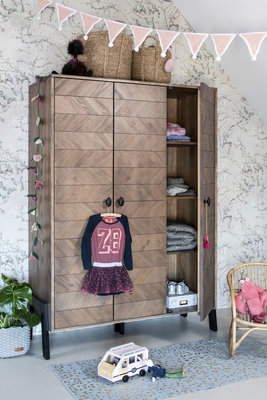 Coming Kids Harper 3 deurs kledingkast incl. 1 roede en 3 legplanken