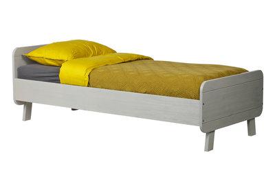 Woood Sammie bed 90x200 grenen khaki