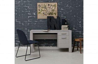 Woood dennis bureau grenen beton grijs kinderbeddenstore for Bureau 60x120